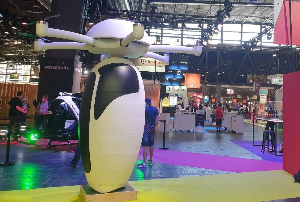 Les drones géants et le prototype de taxi volant ont fait partie des curiosités de VivaTech qui ont le plus attiré l'attention.
